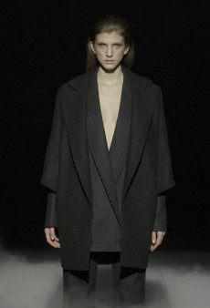 Hussein Chalayan Fall 2011 Runway Review