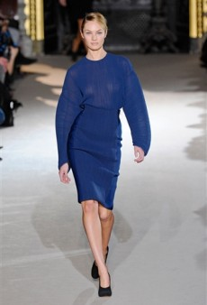 Stella McCartney Fall 2011 Runway Review