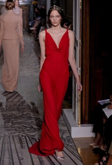 Valentino Haute Couture Fall 2011 Runway Review