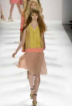 Jill Stuart Spring 2012 Runway Review