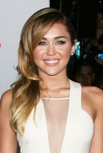 Miley Cyrus 2012 People's Choice Awards Los Angeles cropped