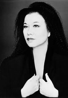 Remembering Eiko Ishioka (Forum Buzz)