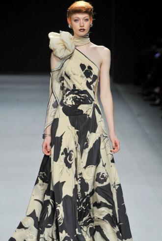 bangs at Jenny Packham Fall 2012 runway show