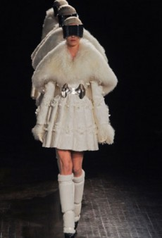 Alexander McQueen Fall 2012 Runway Review