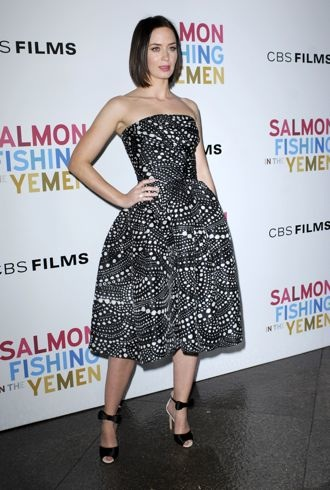 file_172615_0_emily-blunt-los-angeles-premiere-of-salmon-fishing-in-the-yemen-cropped