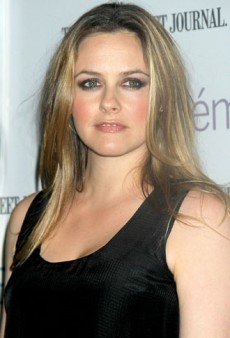 Alicia Silverstone Celebrates Launch of New Eco-Chic Beauty Line