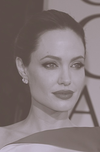 file_174297_0_Angelina-Jolie