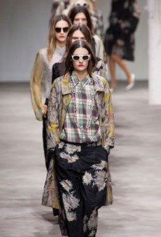 Dries Van Noten Spring 2013 Runway Review