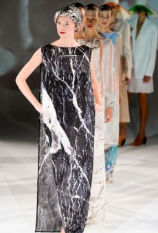Hussein Chalayan Spring 2013 Runway Review