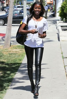 10 Crazy Wearable Ways to Wear Leather Leggings