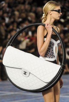 Chanel Will Actually Produce and Sell the Hula Hoop Beach Bag