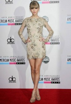 Taylor Swift Sparkles in Zuhair Murad and Other Best Dressed Celebs of the Week