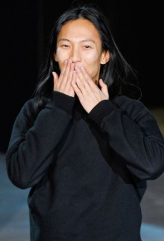 Link Buzz: NYC Fashion People Are So Happy for Wang (Mostly); Who Was 2012's It-est 'It' Girl?