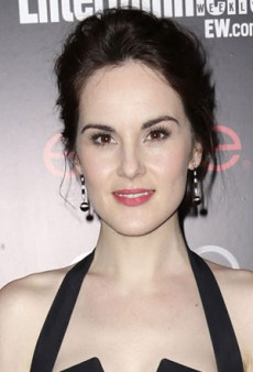 Ease into Spring with Michelle Dockery's Soft and Pretty Beauty Look