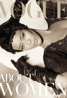Naomi Campbell Covers Vogue Italia's February Issue (Forum Buzz)