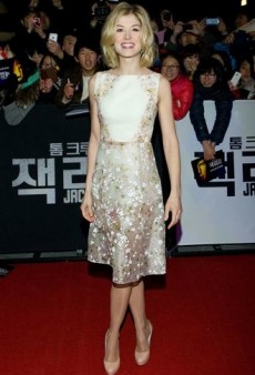 Rosamund Pike Emerges as a Real Red Carpet Contender