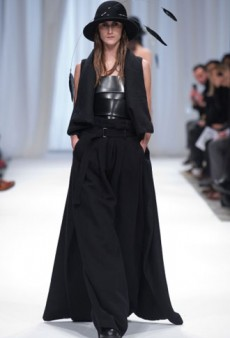 Ann Demeulemeester Fall 2013 Runway Review