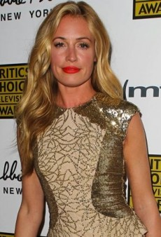 Cat Deeley Goes Glam in Monique Lhuillier at the 2013 Critics' Choice Television Awards