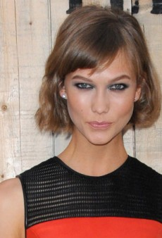 Get Karlie Kloss' Dramatic Smoky Eye