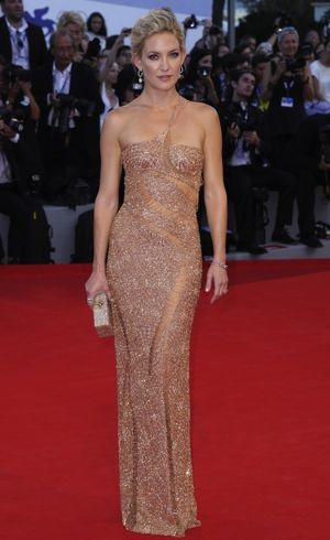 Kate-Hudson-69th-Venice-International-Film-Festival-Premiere-of-The-Reluctant-Fundamentlist-Aug-2012