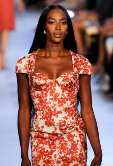 We're Crushing on Sweetheart Necklines for Summer