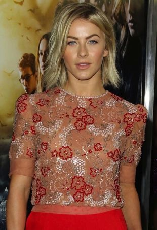 Julianne-Hough-Los-Angeles-Premiere-of-The-Mortal-Instruments-City-of-Bones-portrait-cropped