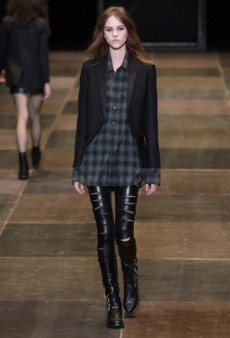 Style Cheat Sheet: Runway-Inspired Ways to Wear Plaid This Fall