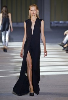 Costume National Spring 2014: Less is More