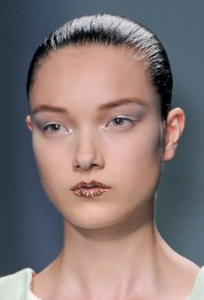 Glitter Girls: Fall's Best Bejeweled Runway Beauty Looks