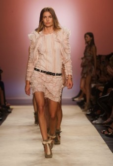 Isabel Marant Spring 2014: Subdued Without Lacking Frill