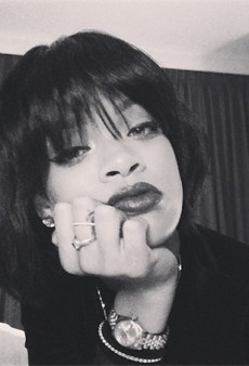 Link Buzz: Rihanna Gets a New Haircut; ELLE UK Tries to 'Rebrand' Feminism