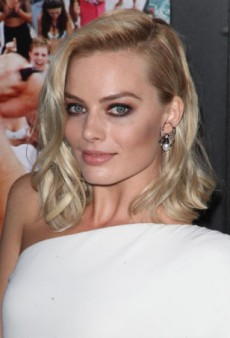 Get Date Ready with Margot Robbie's Stunning Beauty Look