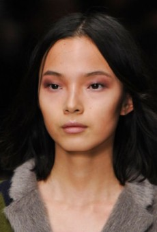 Beauty Report: 'Bloomsbury' Babes at Burberry Prorsum Fall 2014