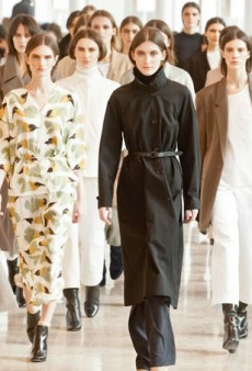 Christophe Lemaire is Perfect for the Woman Who Has Graduated from Theory (Runway Review)