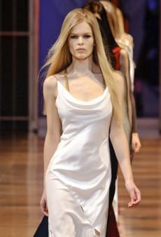 Versace Shows a Tame Fall 2014 Collection (Runway Review)