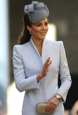 Catherine-Duchess-of-Cambridge-Easter-Sunday-Service-St-Andrews-Catheral-Sydney-portrait-cropped