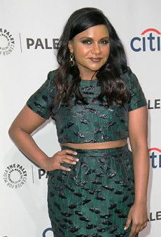 Link Buzz: Mindy Kaling Says, I'm Not 'Courageous' for Wear a Crop Top