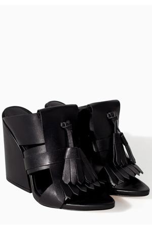 Zara-black-sandals