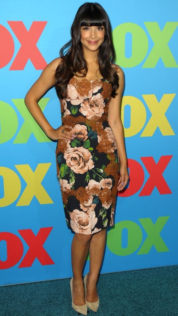 Hannah Simone promotes New Girl in Dolce & Gabbana's floral and lace tailored dress