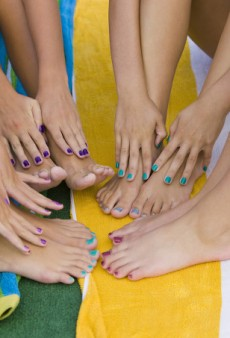 How to Keep Your Pedicure Fresh This Summer