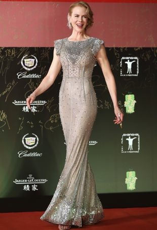 Nicole-Kidman-17th-Shanghai-International-Film-Festival-Opening-Ceremony-portrait-cropped