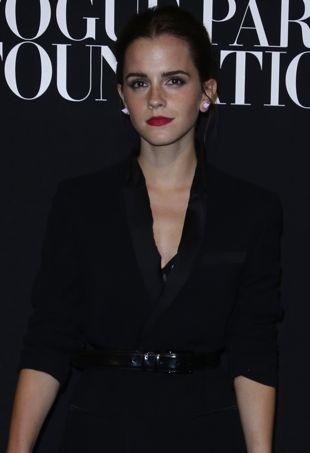 Emma-Watson-Vogue-Paris-Foundation-Gala-Paris-portrait-cropped