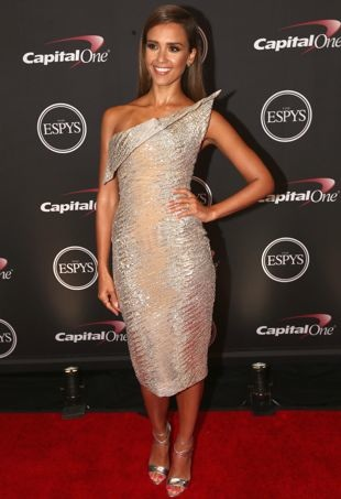 Jessica-Alba-2014-ESPY-Awards-Los-Angeles-portrait-cropped