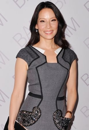 Lucy-Liu-2014-Ignite-Gala-New-York-City-portrait-cropped