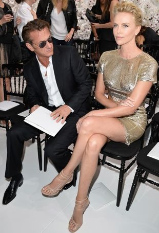 Sean-Penn-and-Charlize-Theron-Paris-Fashion-Week-Haute-Couture-Fall-2014-Christian-Dior-portrait-cropped