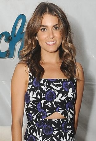 NikkiReed-Backstage-TeenChoiceAwards-portraitcropped