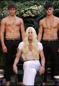 Donatella Versace Latest Designer to Do The ALS #IceBucketChallenge