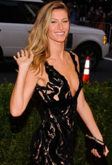 Gisele Bündchen Admits That the Images in Fashion Ads Are 'Unattainable'