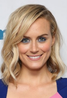 Get Taylor Schilling's Blue Steel Makeup Look at Home