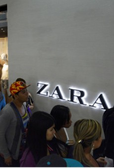 Link Buzz: Zara's 'White Is The New Black' Tee Pisses Off the Internet, J.Crew to Launch Fragrances